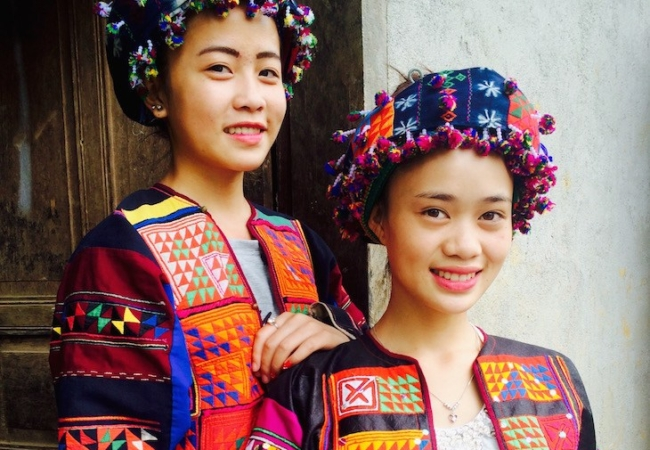 Vietnamese textile hill tribes
