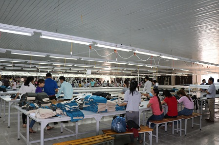 Vietnam's textile-garment exports still increased in the first first eight months of this year but at a slower pace than in the same period last year