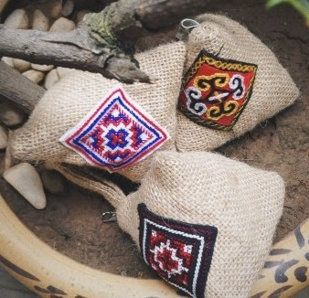 Hand embroidery tradditaional in Lao Cai